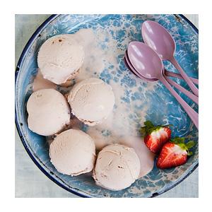 High Road 5 L Strawberry Vanilla Ice Cream